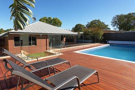 Perth Executive Home - House