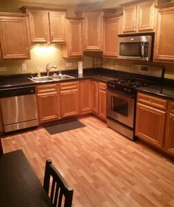 Modern Radiant Floor Heat Condo - Lyons
