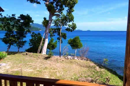 Pretty Bay View Home on Weh Island - Sabang, Pulau Weh (Weh Island) - House