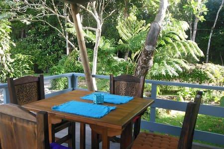 Logement en bungalow tout confort  - Inap sarapan