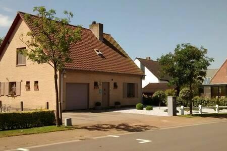 "Holiday apartment ""Rural peace @ the coast"" - Koksijde"
