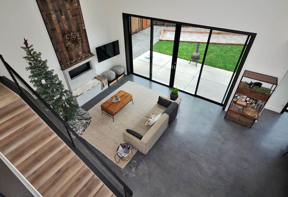 New Modern Home in Napa Valley
