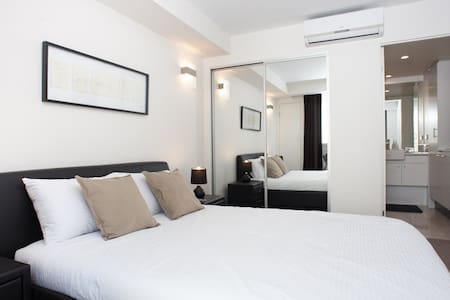 Secured apartment unit in East Perth - East Perth - Huoneisto