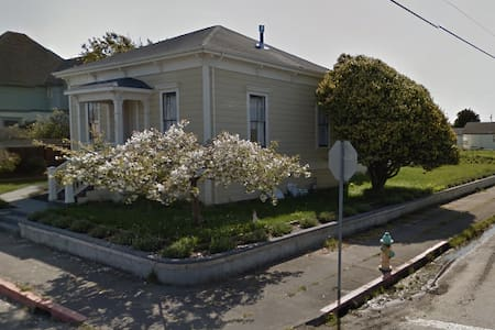 Kofi's house - House