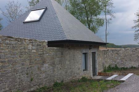 """Gîte """"Le Germoir"""" - Gesves - House"""