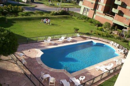 Pinamar Fte al Mar c/piscina - Lägenhet