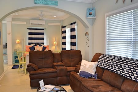 Secluded Retreat Near Topsail - House