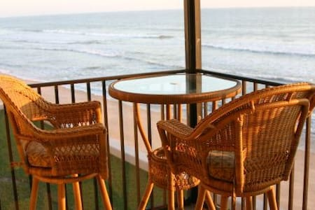 Luxury 2BR/2BA direct oceanfront! - Apartamento