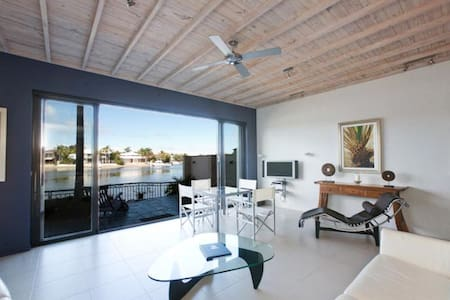 3 Bedroom Waterfront Weyba Quays - Noosa Heads