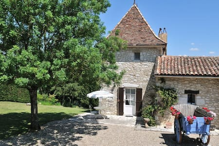 La Tour for 2, RIBAGNAC nr Bergerac