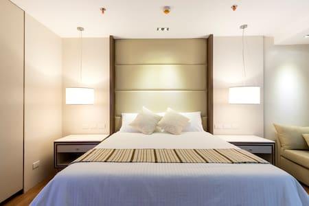 Hotel ambiance 32sqm Condo unit within Quezon City - Quezon City