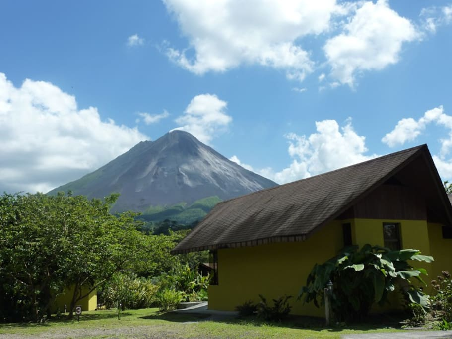 Arenal Volcano view from Hotel Campo Verde