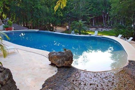 Chichen Itzá-Royal Bungalow  - Chichen-itza - Blockhütte