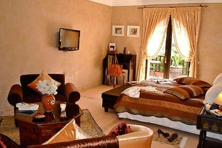 Chaâr El Assel Riad Al Mendili Kasbah - Apartment
