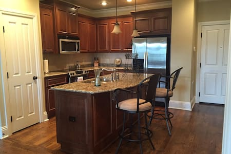 Loft in Villiage of Providence - Huntsville - Loft