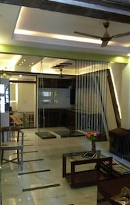 Classy suite-1bhk + in a Bungalow - Mumbai - House