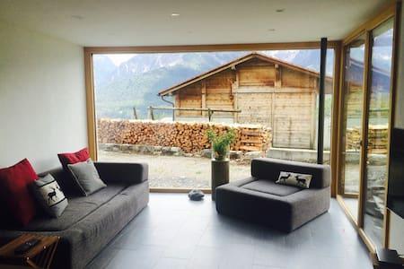 Moderne Parterrewohnung im Bergdorf - Condominium