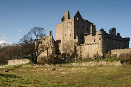 Room for one near Craigmillar Castle - Edinburgh
