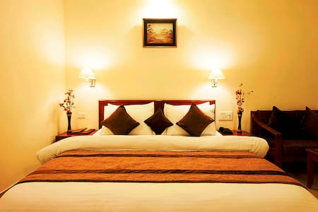Luxury Room Stay Package with All Meal Inclusive - Bed & Breakfast