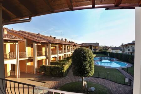 Residence Domus Aurea - Puegnago sul Garda
