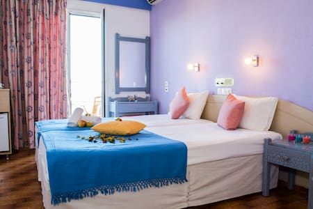 Beautiful rooms in Malia for young people - Bed & Breakfast