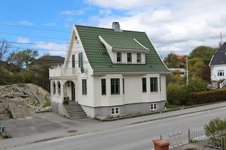 Kirkeveien 30 - Skudeneshavn