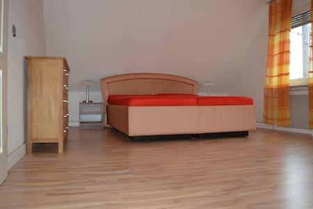 Zwei Etagen Wohnung - Wohnung