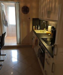 schöne moderne Wohnung in Pforzheim - Apartment