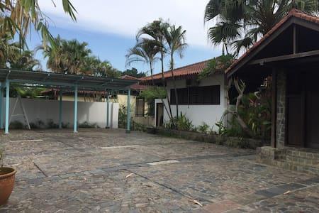 Top 20 Taman Senai Utama Vacation Rentals Vacation Homes