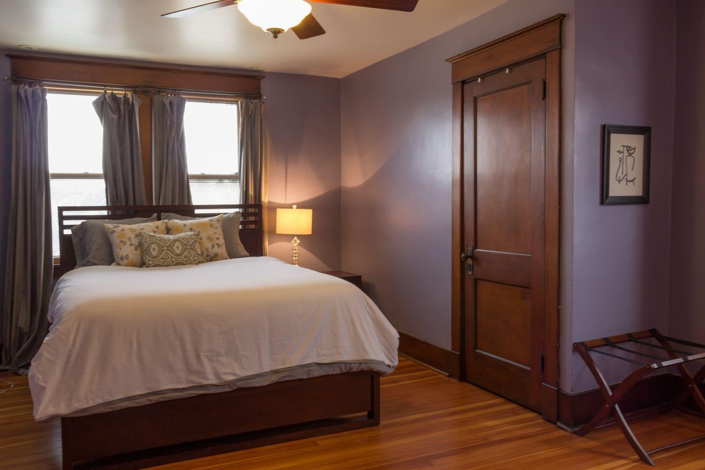 Gorgeous, spacious room!