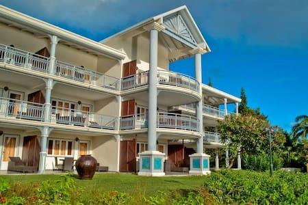 Large Room in Apartment hotel with swimmingpool - Condominium