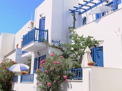 Studios Nostos,Naxos,middle floor,8 - Naxos