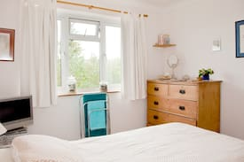Picture of Light and Airy large single room