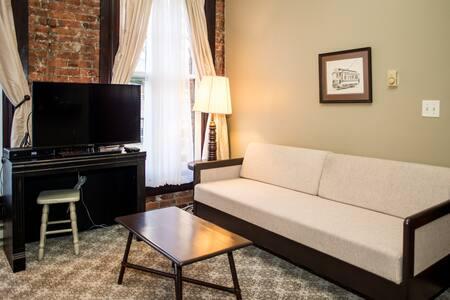 Pioneer Square Apartment 202