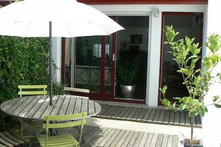 Ideally located and  lovely house