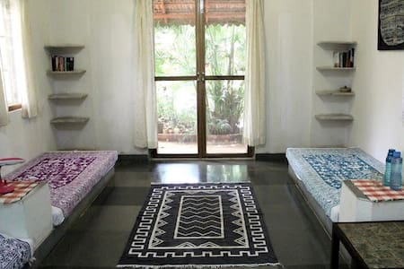Mati Moksha  I  -  B & B Home Stay - Bed & Breakfast