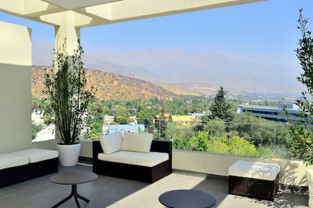 CHARMING HOME-STUDIO W/AMAZING VIEW - Las Condes