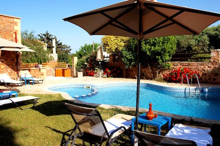 Villa Georgios shared pool 10%OFF EARLY BOOKING - Astratigos - Villa