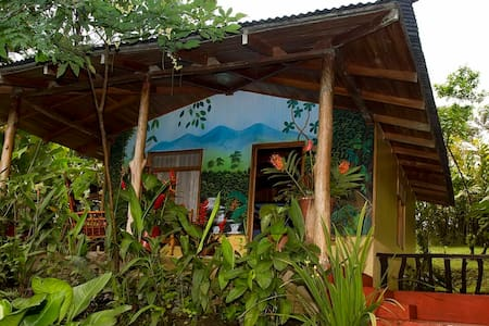 La Mariposa Cottage Casitas Tenorio - Bed & Breakfast