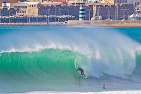 Casa Ferrel 3 rooms, beach surf & nignt life spots - Ferrel - Casa
