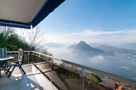 Breathtaking view, city and woods - Lugano - Apartment