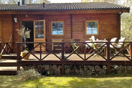 Charming summerhouse near beach - Melby - Chalet