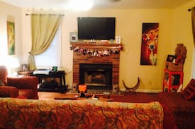 Picture of Comfy Private Room, Quick & Easy Drive to Downtown