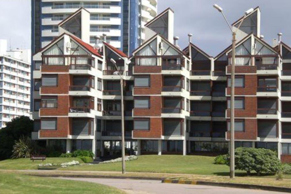 The apartment / El edificio