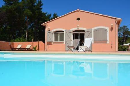 Loc 4 pers dans magnifique villa  - Plan-d'Aups-Sainte-Baume - Appartement