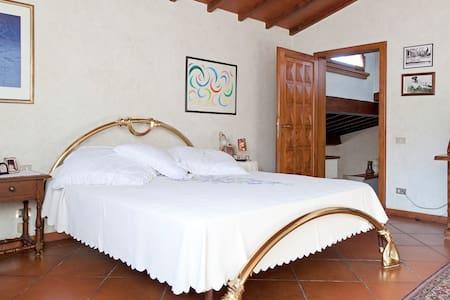 Villa Apartment in Chianti Rufina - House