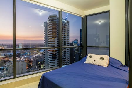WORLD TOWER SUNROOM EXPERIENCE! - Apartamento