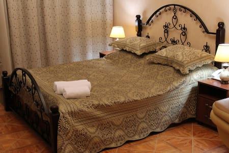 Комфортабельная гостиница!  - Sofiivs'ka Borshchahivka - Hus