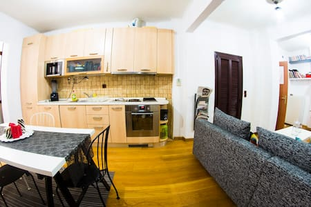 city-center fully equipped modern apartment - Wohnung