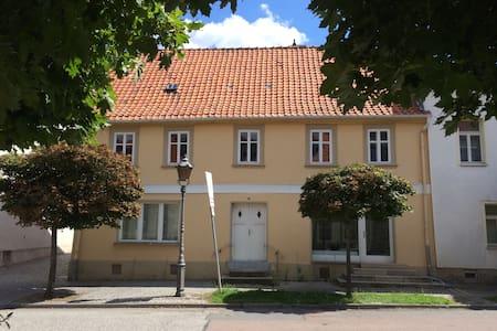 Urig und charmant wohnen in Ballenstedt - Apartment